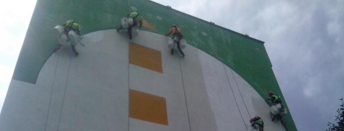 Сегодня десятый день моей работы в польской фирме - промышленным альпинистом.