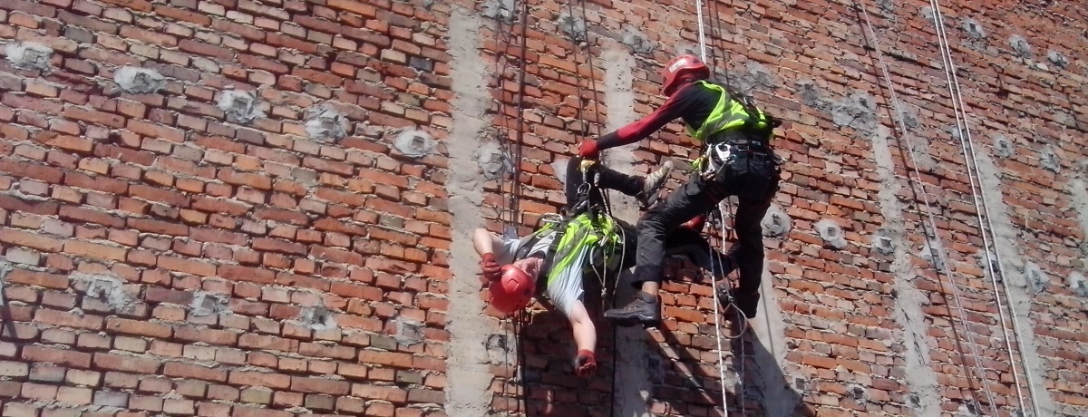 Обучение по спасательным работам в Польской фирме Олимп