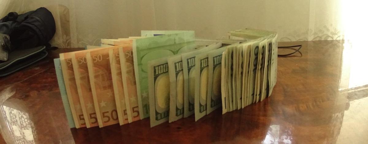 Наконец-то мы получили первые деньги за работу высотниками в Польше.